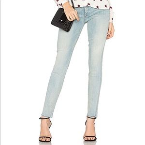 Mother High Waist Looker Ankle Fray Wink Jeans LB